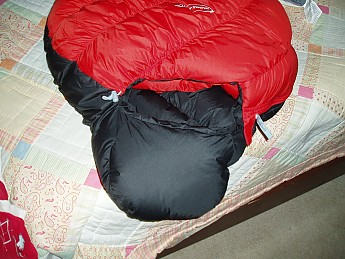 Montbell-15-degree-sleeping-bag-002.jpg