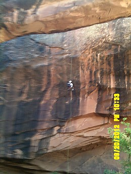 Morning-Glory-Arch-head-of-side-canyon-o