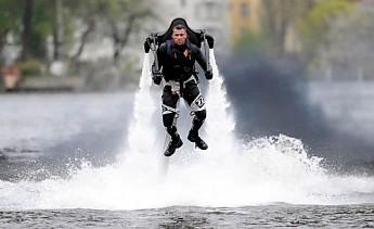 hydro-jet-pack-2.jpg