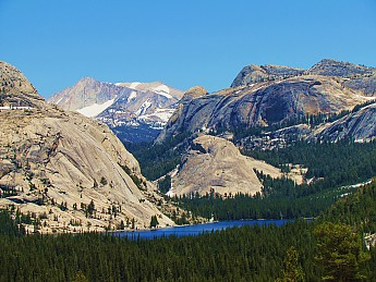 Tenaya-Lake-from-Olmstead-Point.jpg