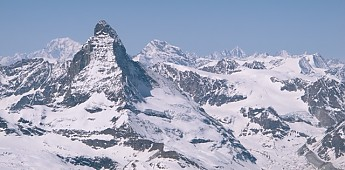 The-Matterhorn-and-the-Mont-Blanc-massif