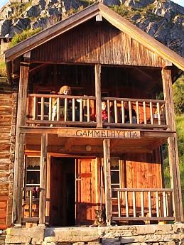 The-old-hut.jpg