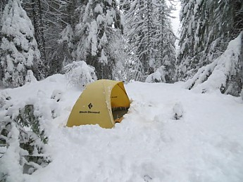 snow-camping-12222012-010_opt.jpg