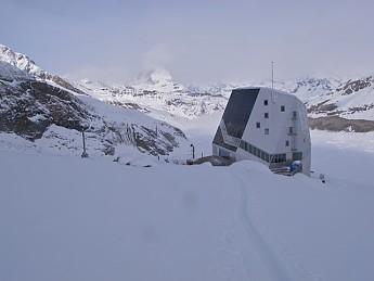 Monte-Rosa-Hutte.jpg