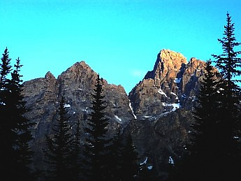 Grand-Teton-from-North-Cascade-Canyon-GT