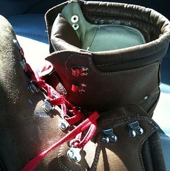 lowa-boots-3.jpg