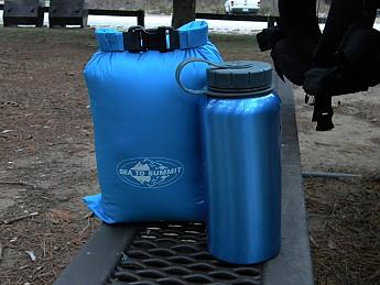 MH-Phantom-32-next-to-1-Liter-water-bott