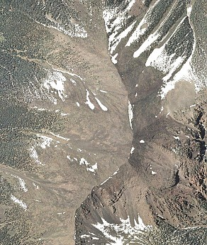 Humphreys-Peak-aerial-photo.jpg