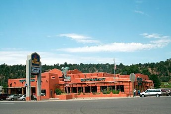 Thunderbird-Lodge-near-Mt-Carmel-UT.jpg