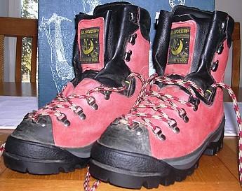 LaSportiva-K2-climbing-boots.jpg