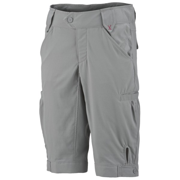 photo: Columbia Taylor Trail Cargo Short hiking short