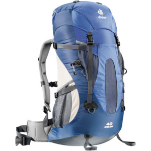 photo: Deuter Futura Zero 40 overnight pack (2,000 - 2,999 cu in)