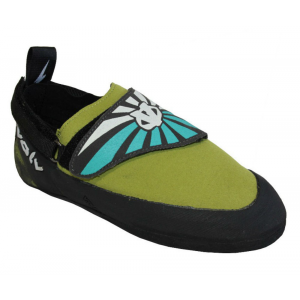 photo: evolv Venga climbing shoe