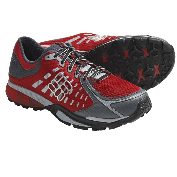 photo: Columbia Peakfreak Low trail running shoe