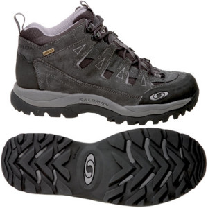 photo: Salomon Canyon Mid GTX trail shoe