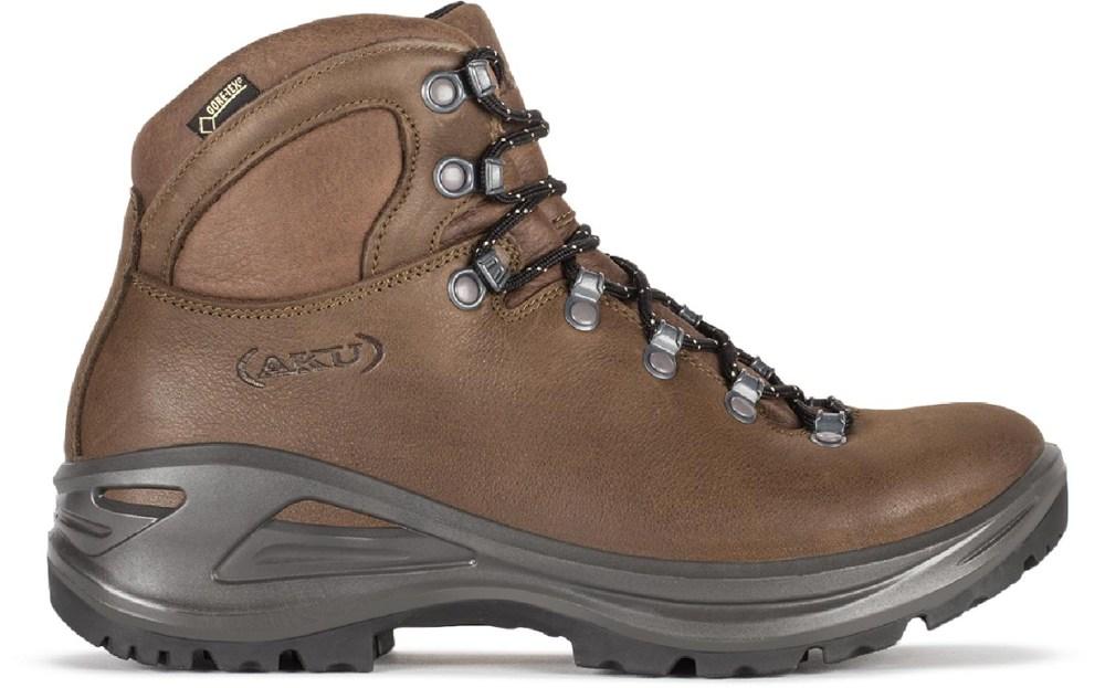 photo: AKU Tribute II LTR hiking boot