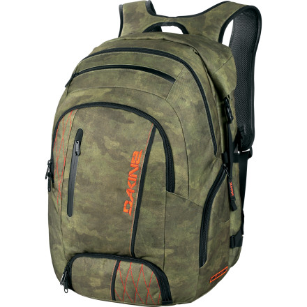 photo: DaKine Section 40L overnight pack (2,000 - 2,999 cu in)