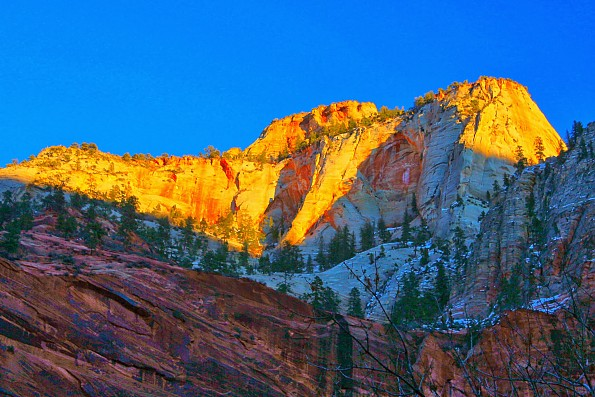 IMG_2002-Cable-Mountain-on-the-East-Rim-