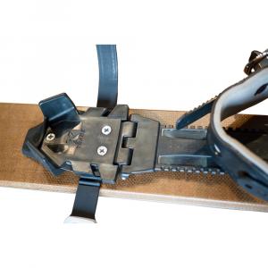 photo: Altai Skis Universal Pivot Binding telemark binding