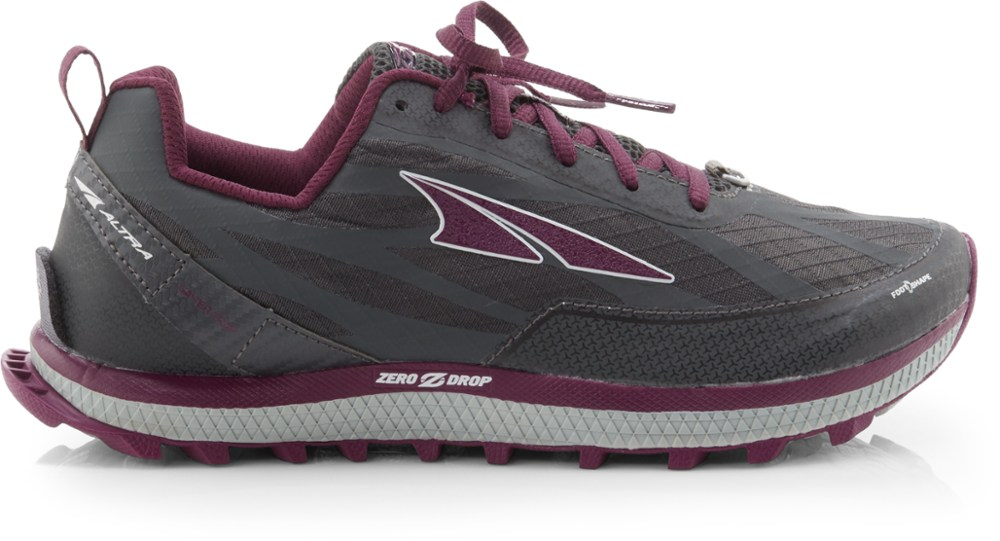 photo: Altra Women's Superior 3.5 trail running shoe