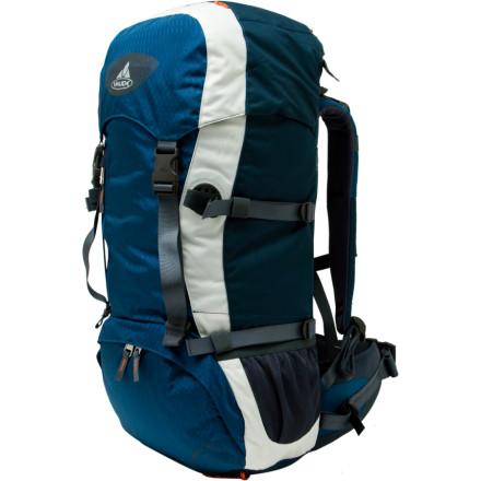 photo: VauDe Asymmetric 30 daypack (under 2,000 cu in)