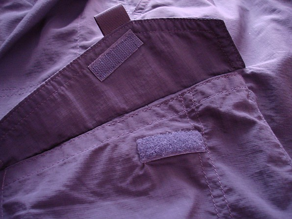 Velcro-Pocket-opened-blue-.jpg