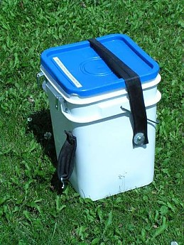 Square-5-gallon-food-cache-buckets.jpg