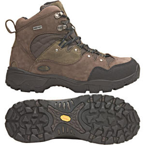 photo: The North Face Men's Conness GTX hiking boot