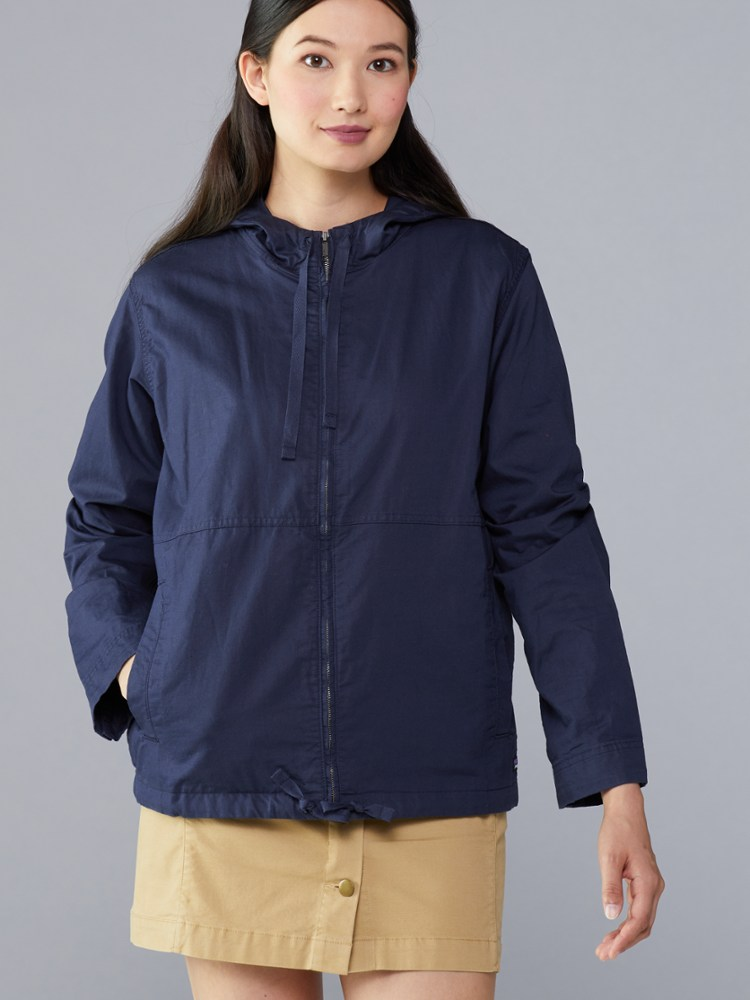 photo: Patagonia Back Canyon Hoody wind shirt