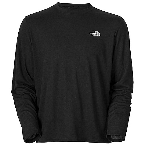 photo: The North Face Men's L/S Reaxion Crew long sleeve performance top