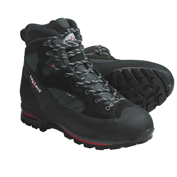 photo: Kayland Vertigo backpacking boot
