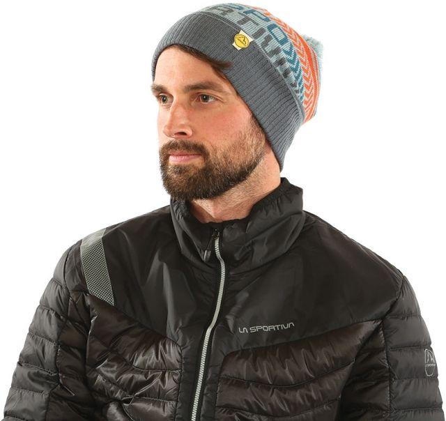 photo: La Sportiva Dust Beanie winter hat
