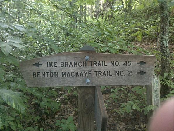 trail-sign.jpg