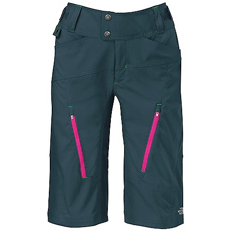 photo: The North Face Chain Smoke Shorts active short