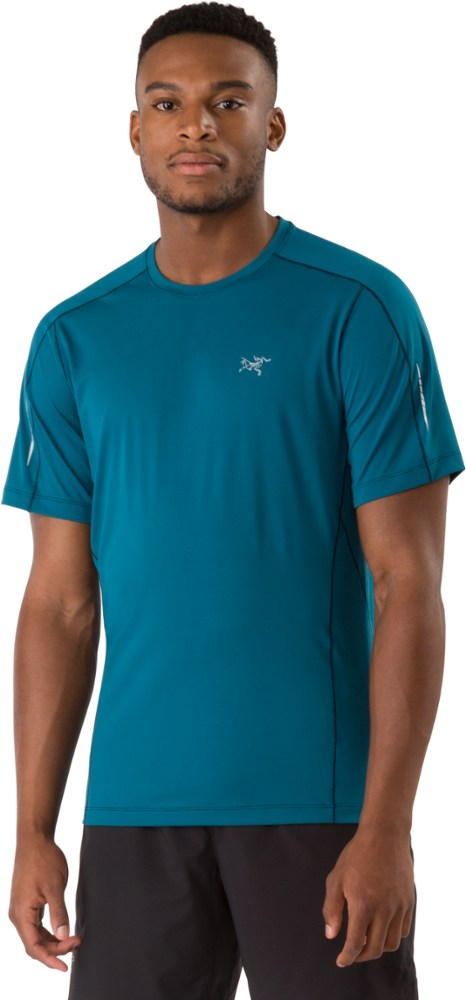 photo: Arc'teryx Motus Crew Neck Shirt SS short sleeve performance top