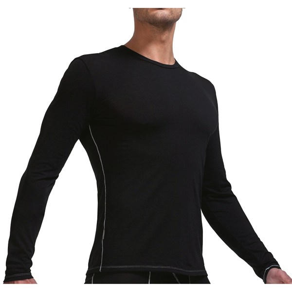 photo: Icebreaker Women's Bodyfit 150 Long Sleeve Crewe base layer top