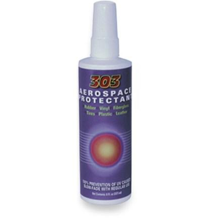 photo: 303 Hull Protectant gear care/maintenance product