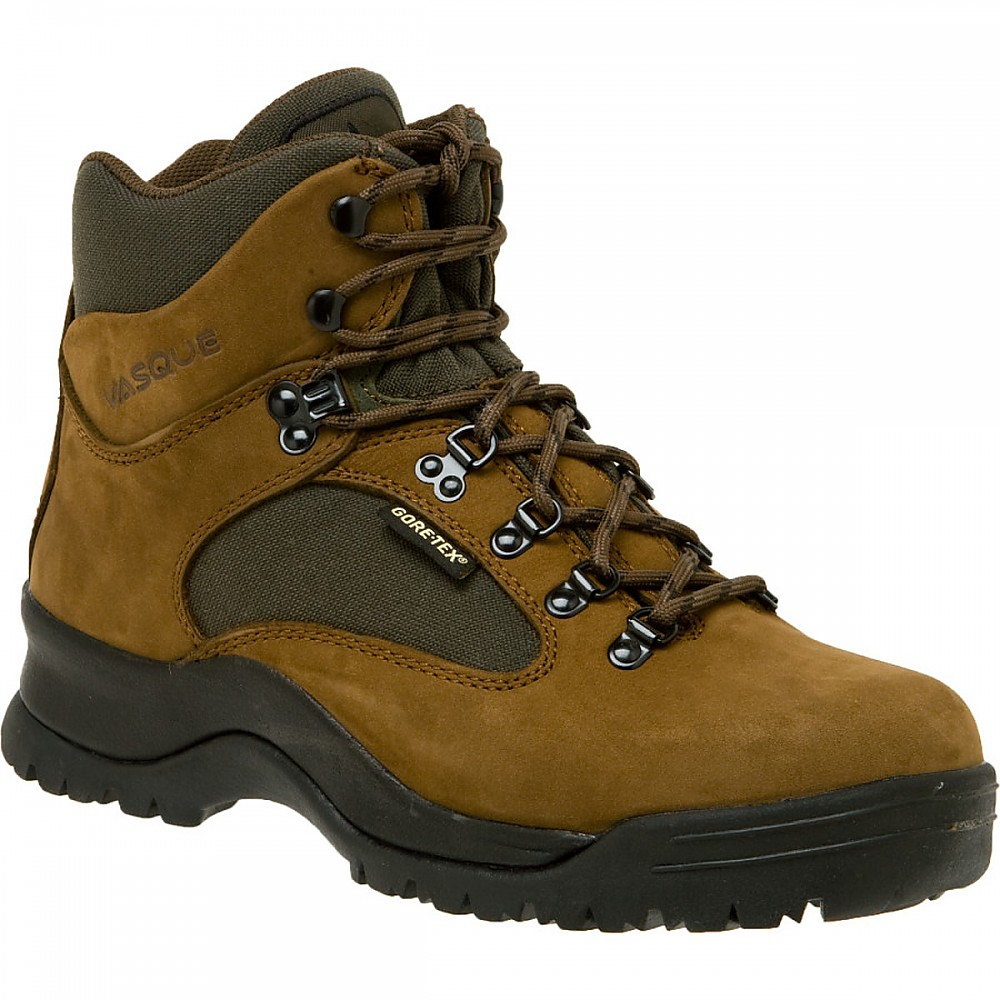 photo: Vasque Clarion GTX backpacking boot