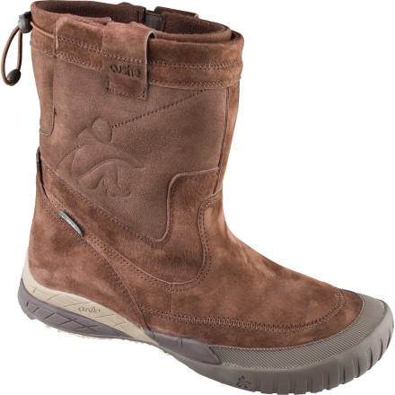 photo of a Cushe winter boot