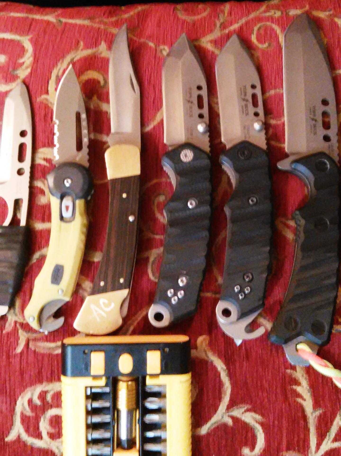photo: Buck CSAR-T Knife folding knife