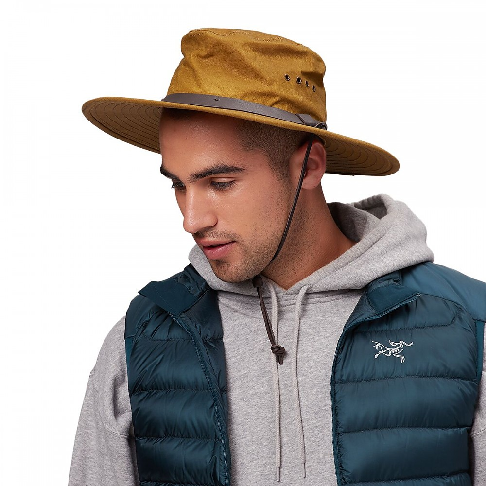 photo: Filson Tin Cloth Bush Hat rain hat