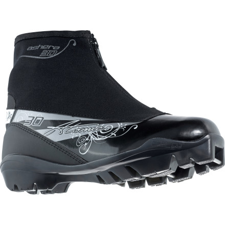 photo: Atomic Ashera 30 nordic touring boot
