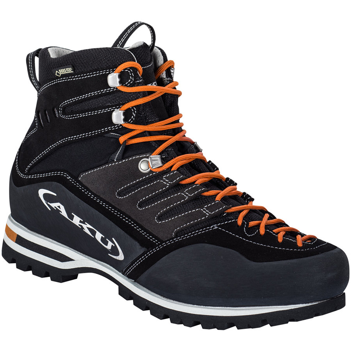 photo: AKU Viaz GTX footwear product
