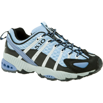 photo: Five Ten Genius trail running shoe