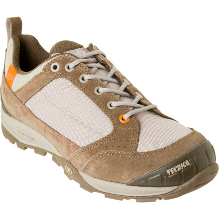 photo: Tecnica Desert Low Trail trail shoe