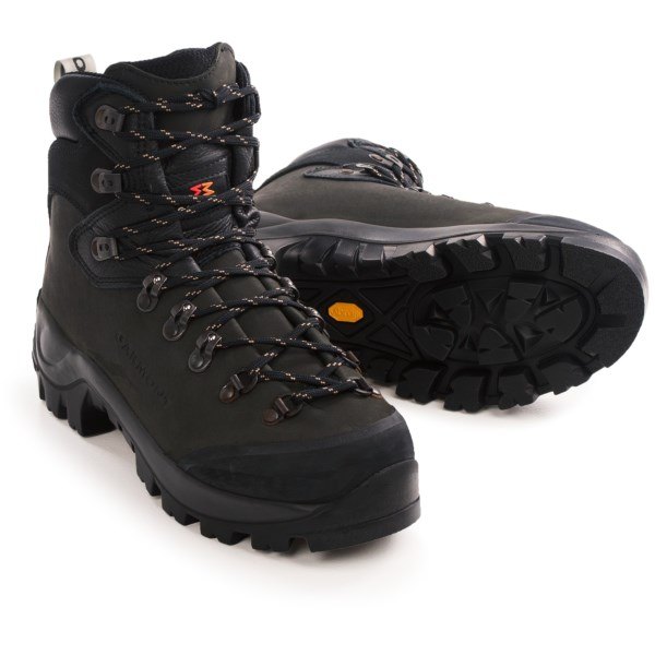 Garmont Dakota Reviews Trailspace Com