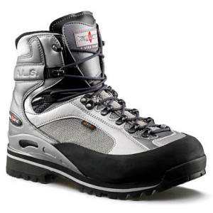 photo: Kayland Men's Apex Trek mountaineering boot