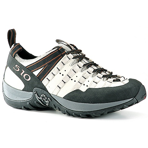 photo: Five Ten Men's Prodigy approach shoe