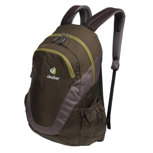 photo: Deuter Zea daypack (under 2,000 cu in)
