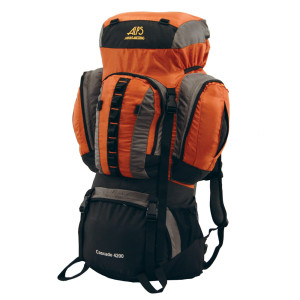 photo: ALPS Mountaineering Cascade 4200 weekend pack (3,000 - 4,499 cu in)